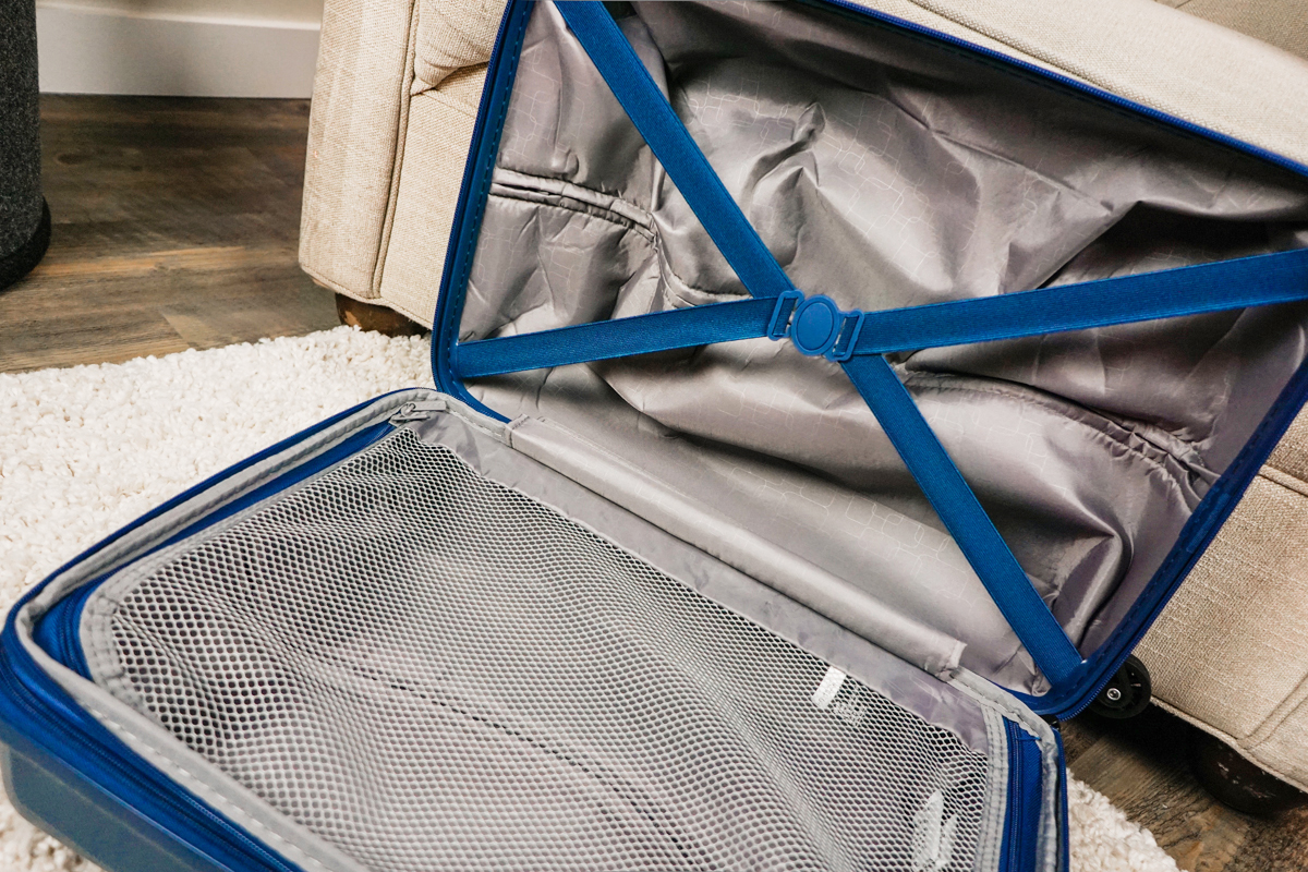 l'intérieur de la valise Tanoma de JUMP