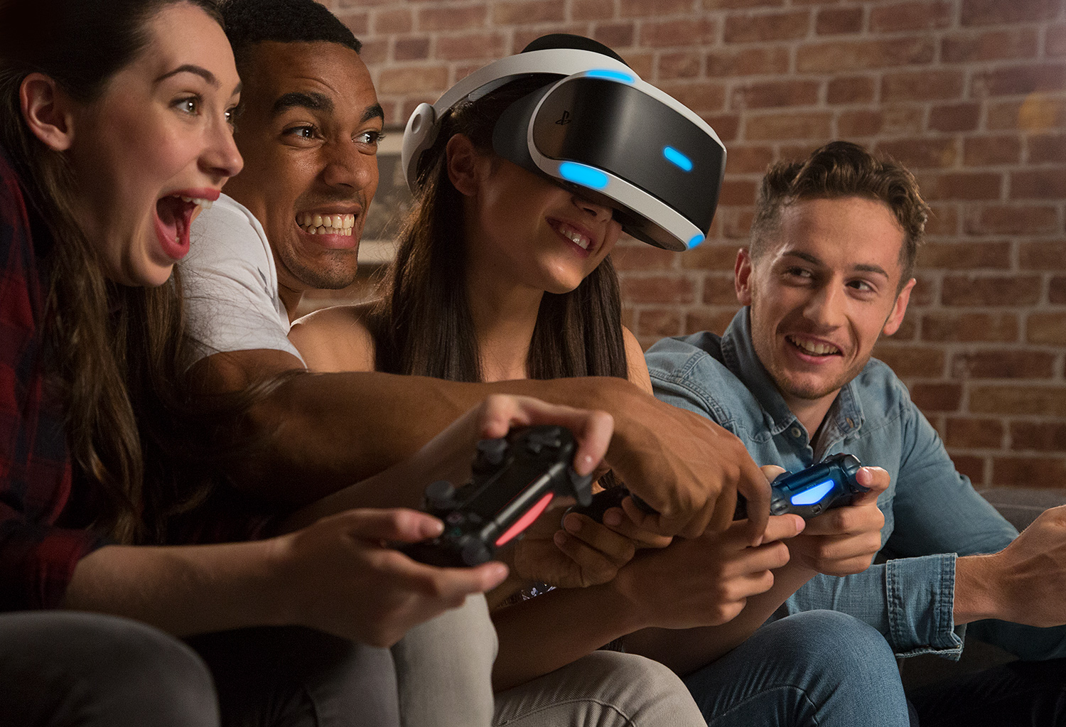 image showing many people playing with Playstation VR