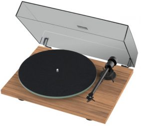 12 Days of Christmas, Pro-Ject turntable