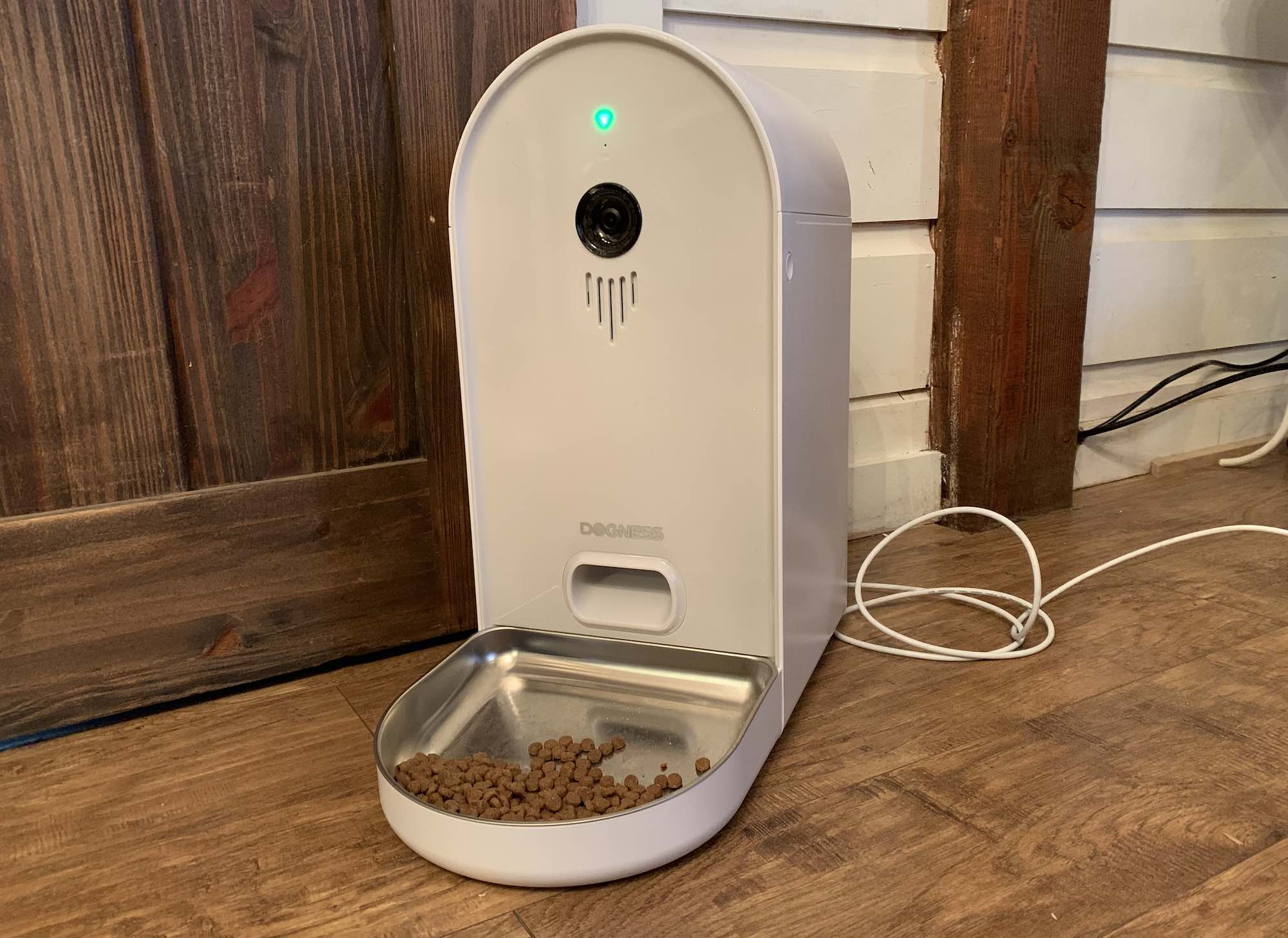 Dogness Smart Cam Pet Feeder Test and Review