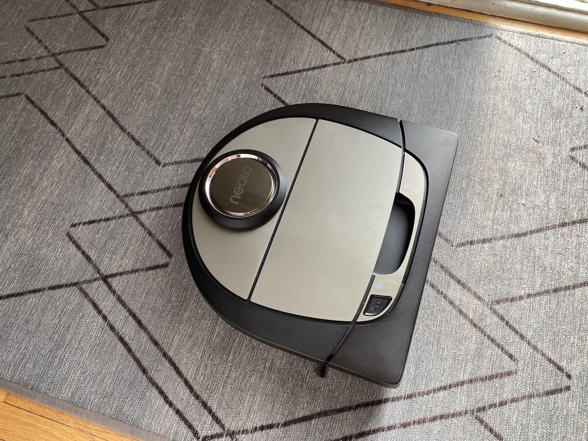 neato, robot vacuum review
