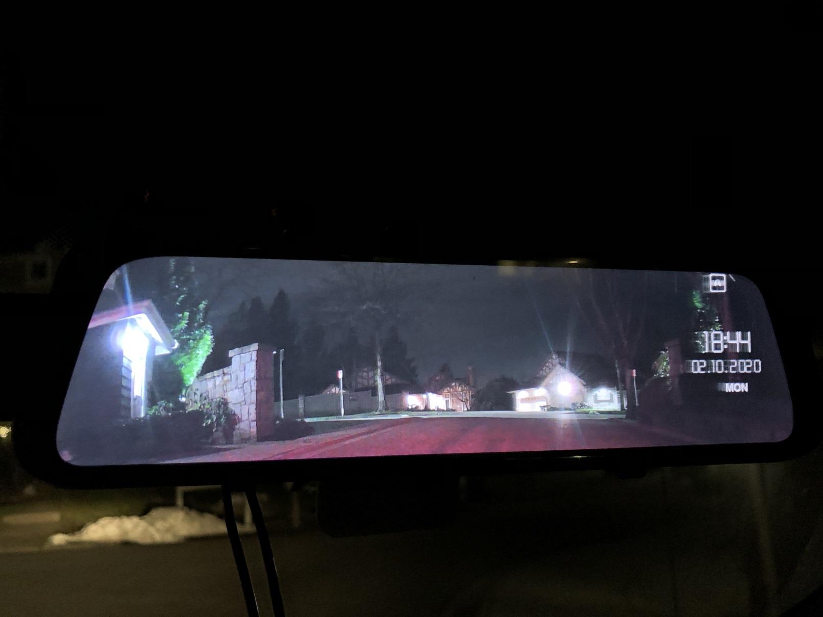 Rexing M1 Dashcam Night View