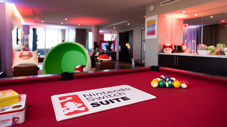 Nintendo Switch Suite - Pool Table