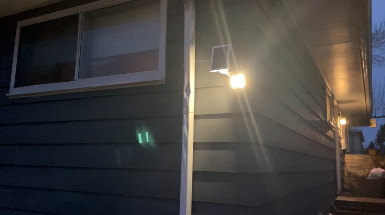 Ring spotlight cam, solar panel review