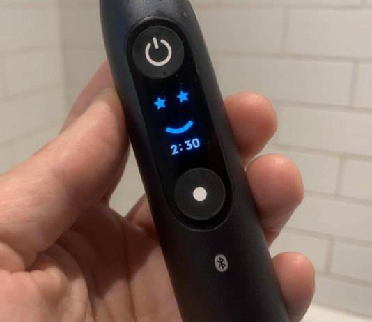 Oral-B iO8 electric toothbrush review