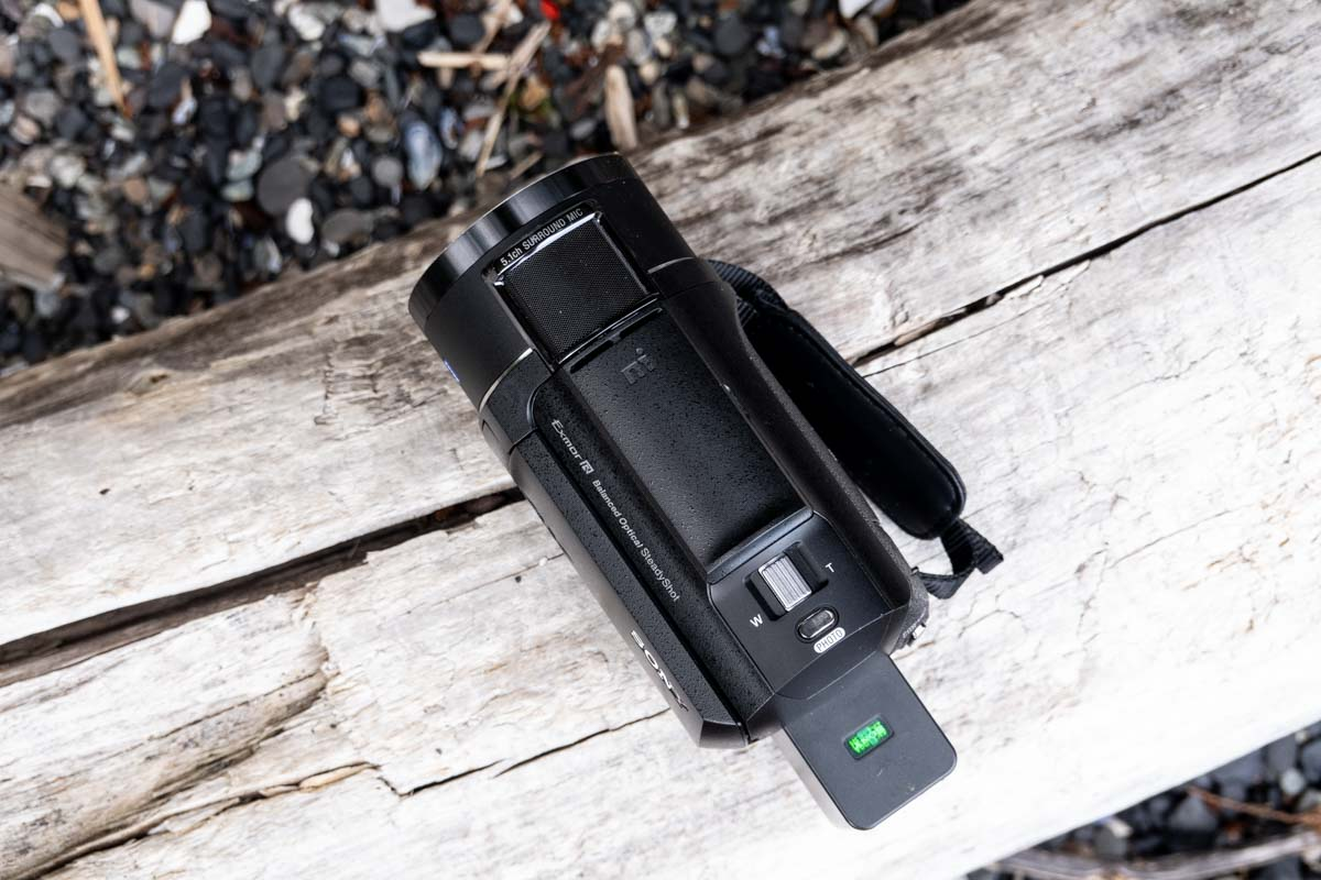 A photo of the Sony FDR-AX43 Handycam