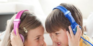 choose headphones for kids