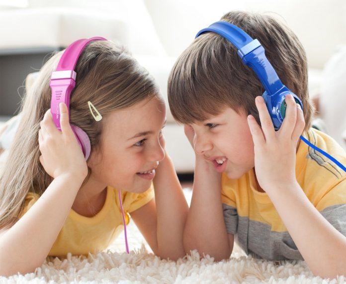 choose headphones for kids