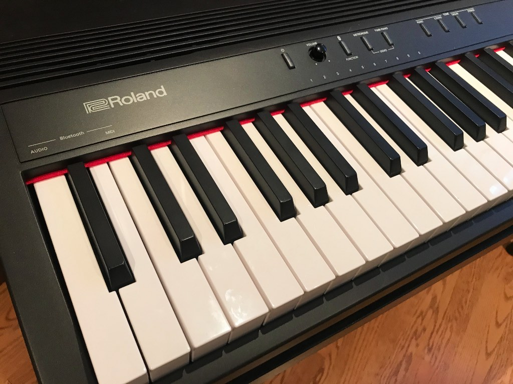 GO:PIANO 88 has Bluetooth