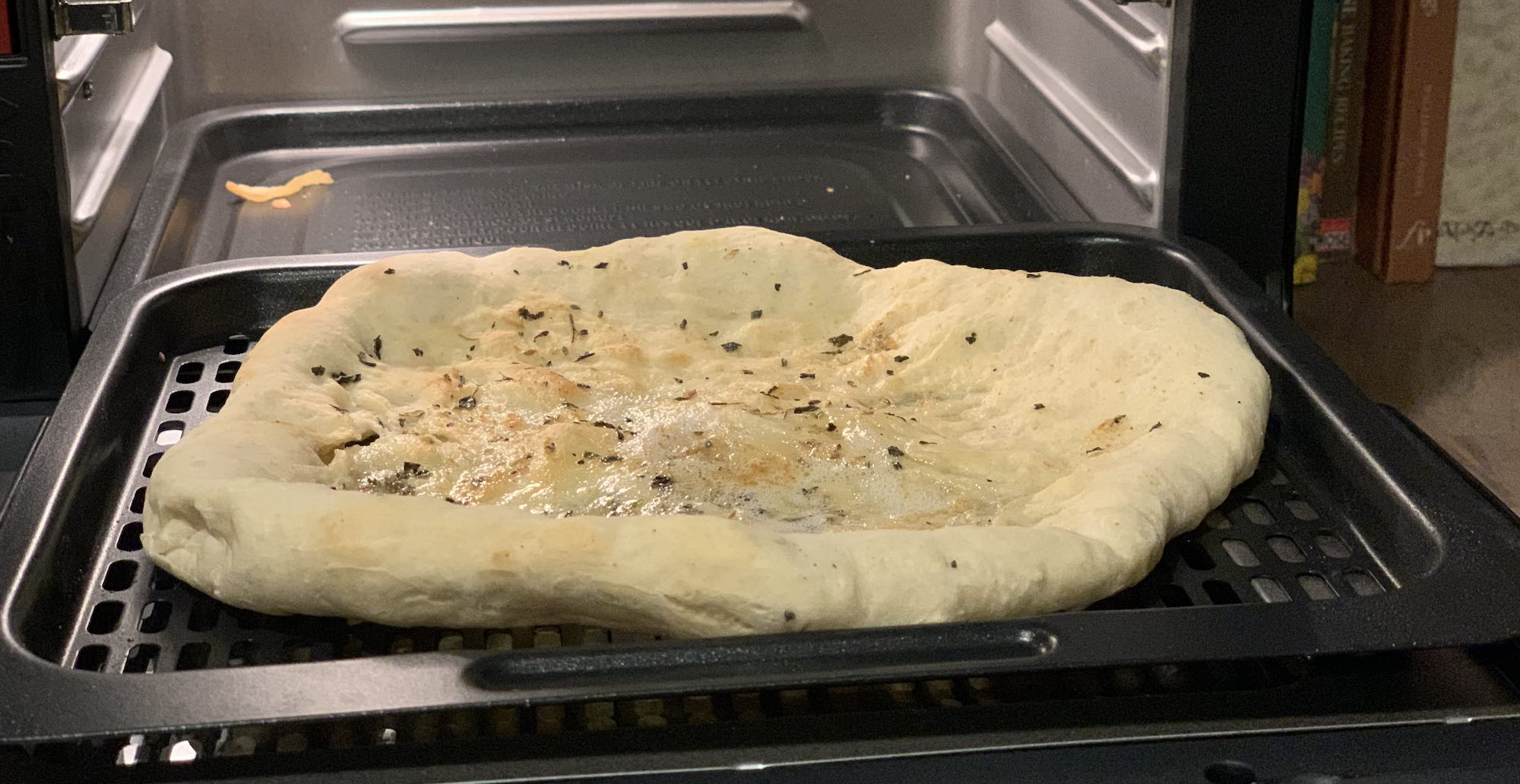 Pizza bread in air fryer