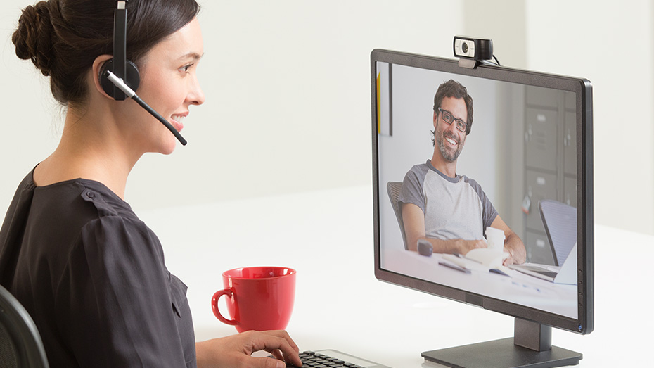 How to select the right webcam for your home office