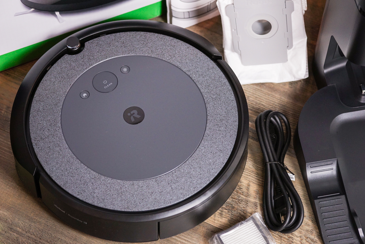iRobot-Roomba-i3-plus-5
