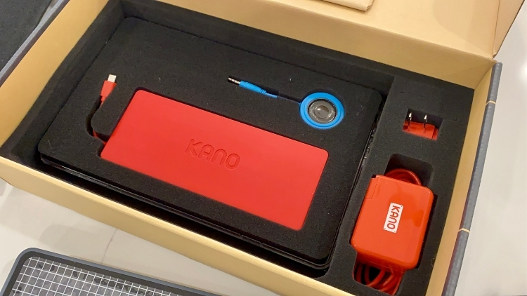Kano PC Unboxing