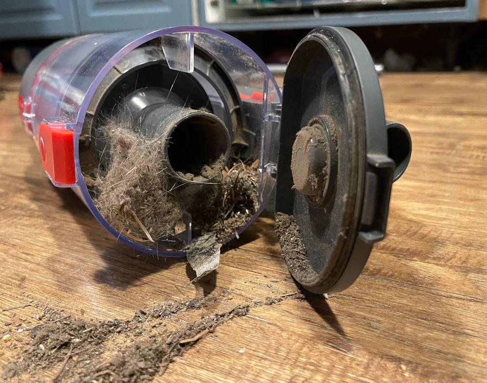 Jashen V16 stick vacuum dust bin
