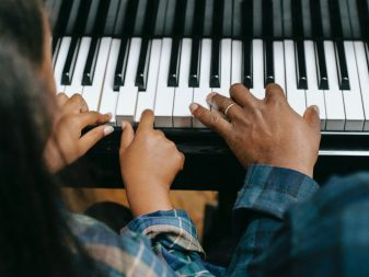 Learn the piano in 2021 - Instrument