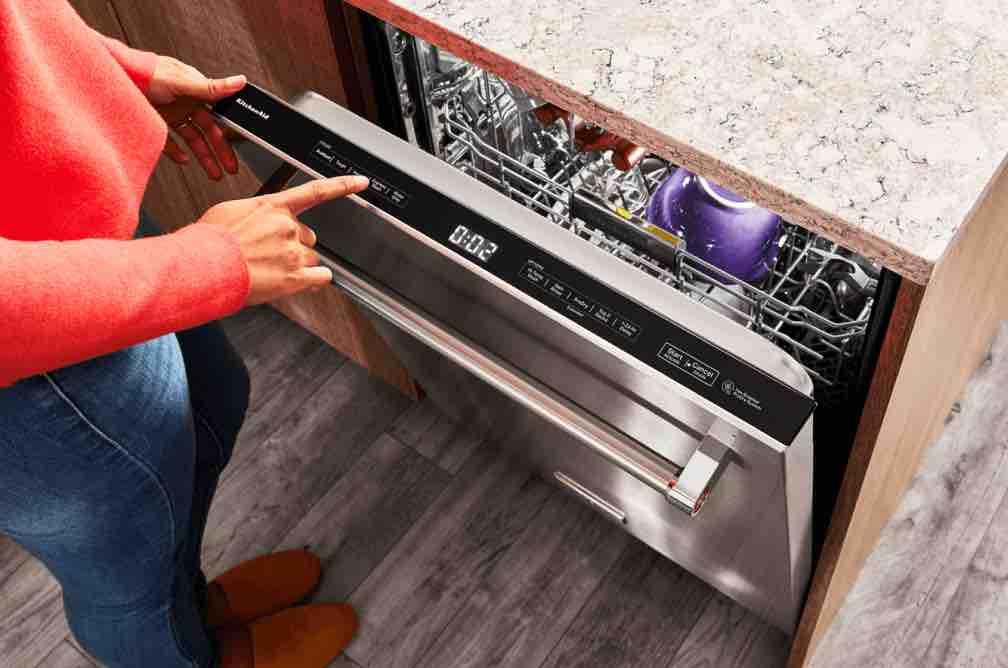 dishwasher not rinsing dishes