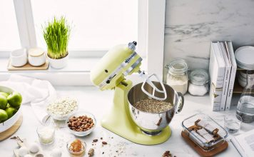 green kitchenaid stand mixer