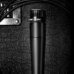 Shure SM57, Legendary Dynamic Microphone