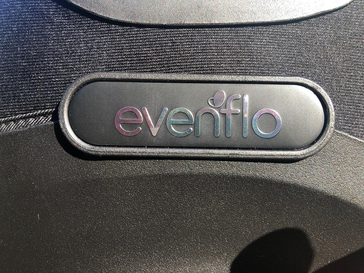 Evenflo Revolve 360 Logo