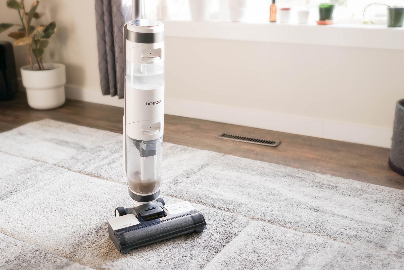 Tineco iFloor 3 Wet-Dry Upright Vacuum effective dirty