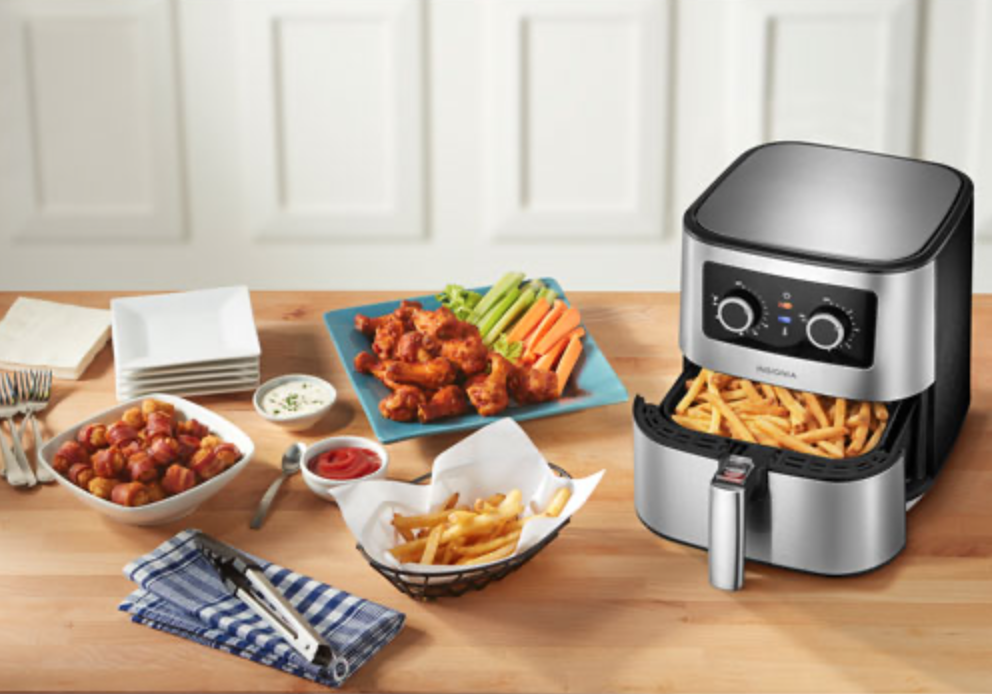 Insignia air fryer with food