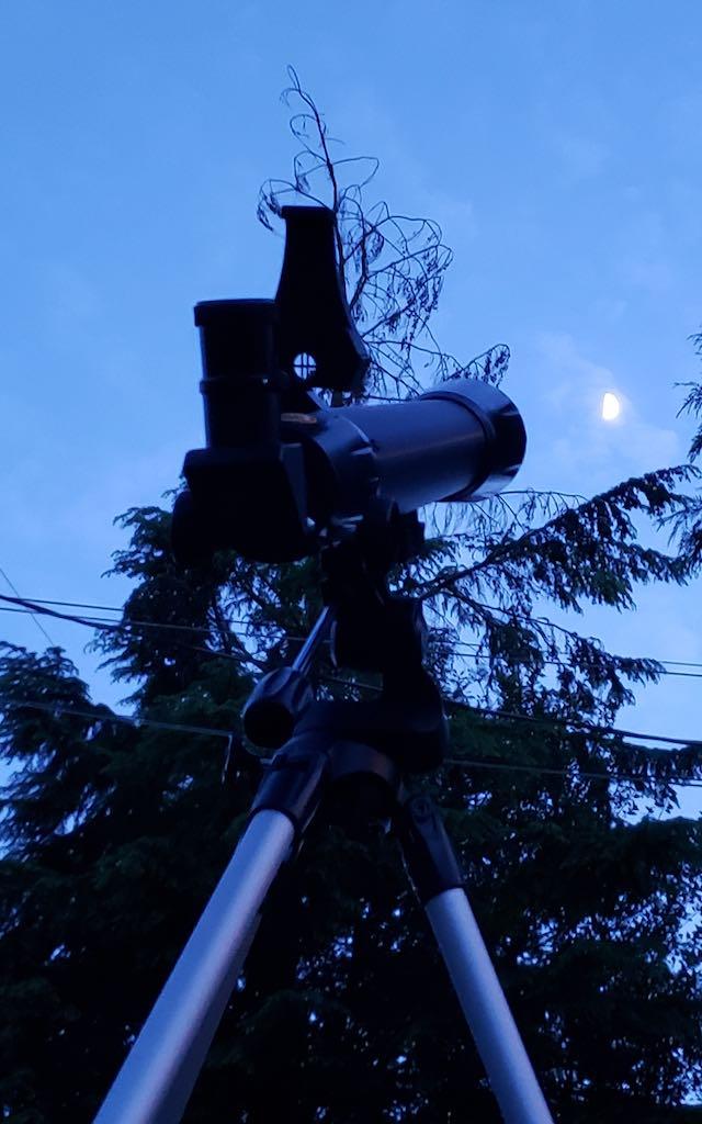 National Geographic STAR APP70 70 MM Refractor Telescope