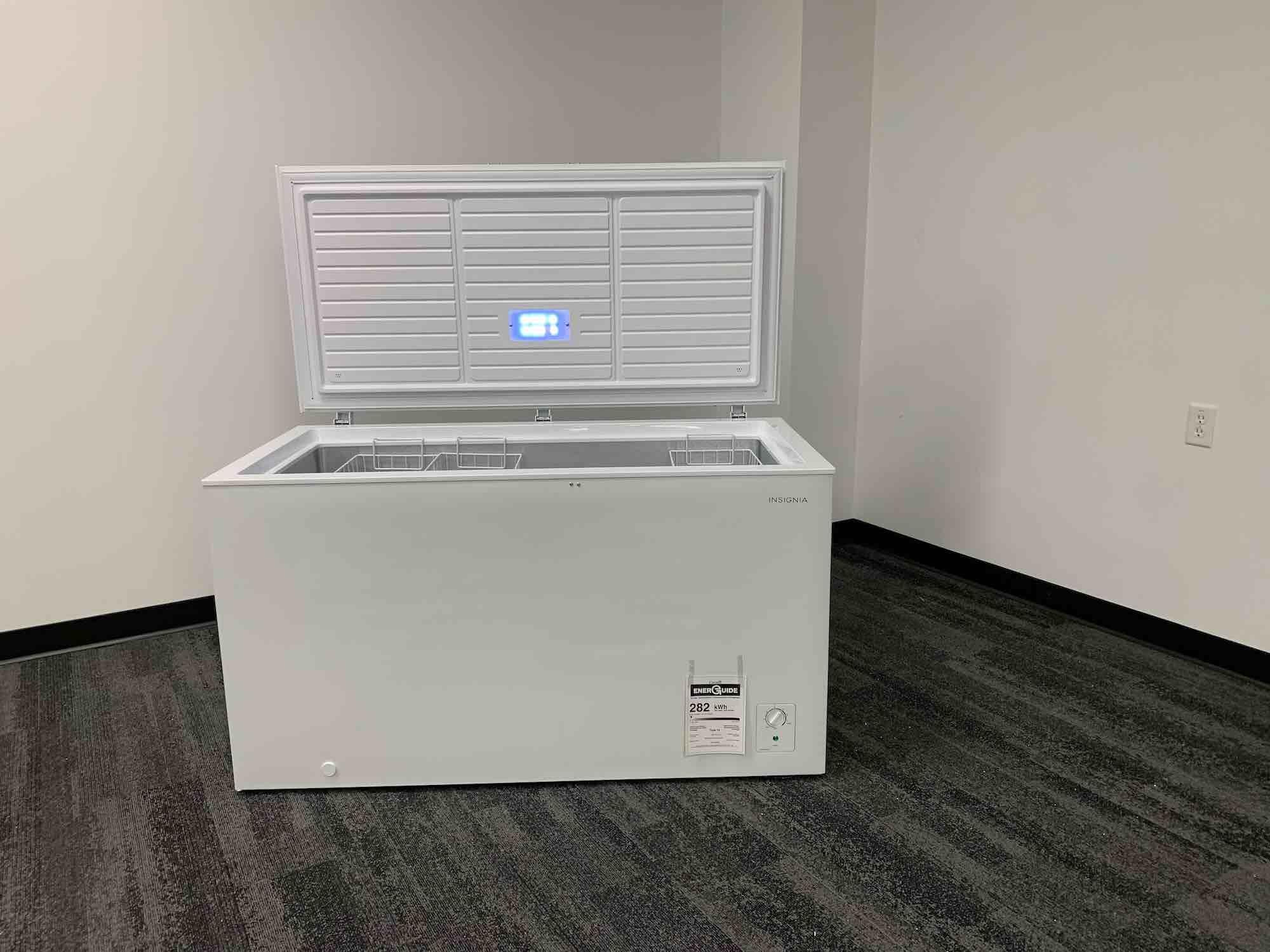 Insignia 14 cu.ft. chest freezer review